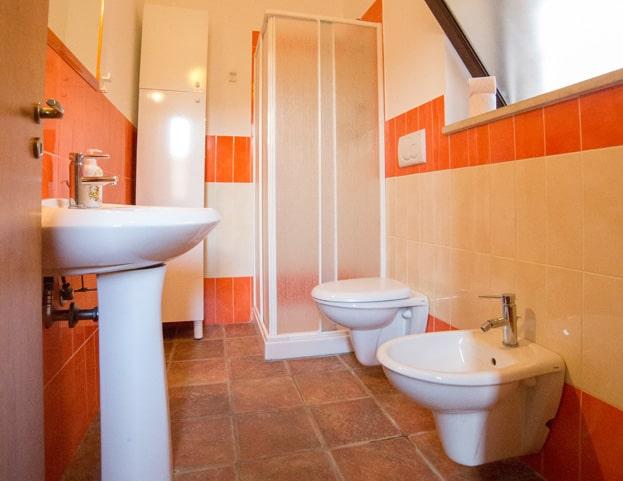 toilet-room-apartment