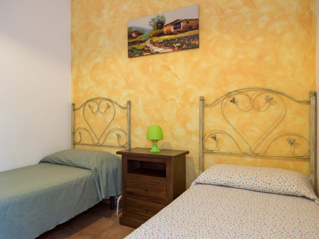 two-single-beds-marina-di-ragusa