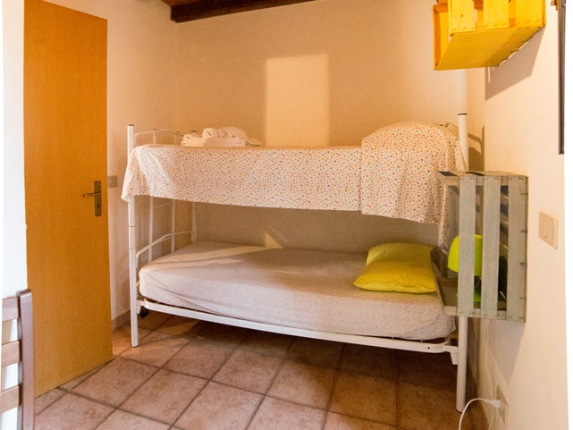 casale-imperatore-room-with-bunk-bed