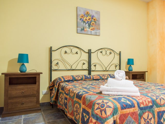 b&b-double-bed