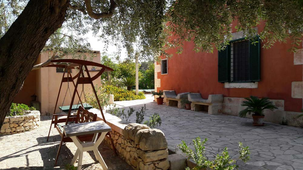 bed-and-breakfast-ampia-veranda-affitto-appartamenti-periodo-estivo