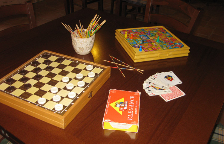 table-games-bed-and-breakfast